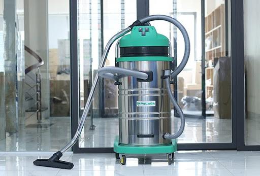 Máy hút bụi công nghiệp 80 lít được trang bị 3 motor với tổng công suất từ 3000 - 3900W