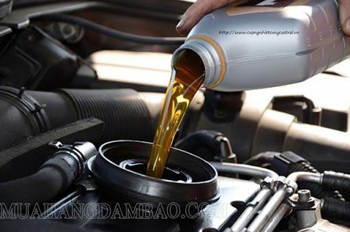 Khối lượng riêng của dầu khác khối lượng riêng của nước nên quy đổi có sự khác nhau