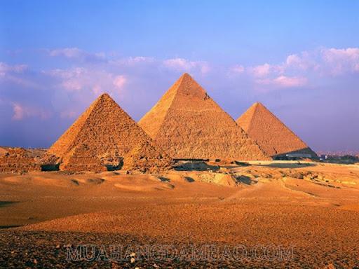 Công trình vĩ đại của nhân loại Kim tự tháp Ai Cập là hình chóp tam giác