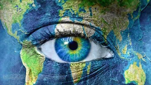 Thế giới quan là cách con người nhìn nhận về tự nhiên và xã hội